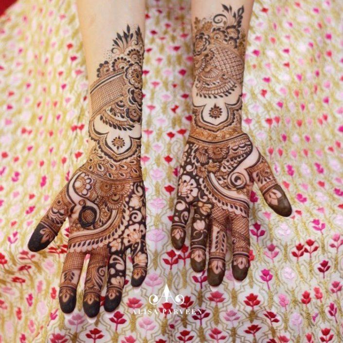 Indian bridal mehndi design by Alisa Parveen