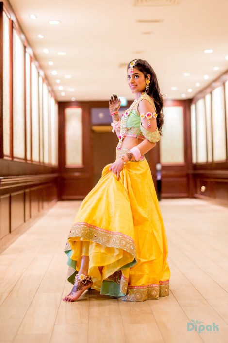 Bride Ankita on her Mehndi Day in Anushree Reddy - Ankita & Manmeet Indian Wedding in Amsterdam - The Maharani Diaries