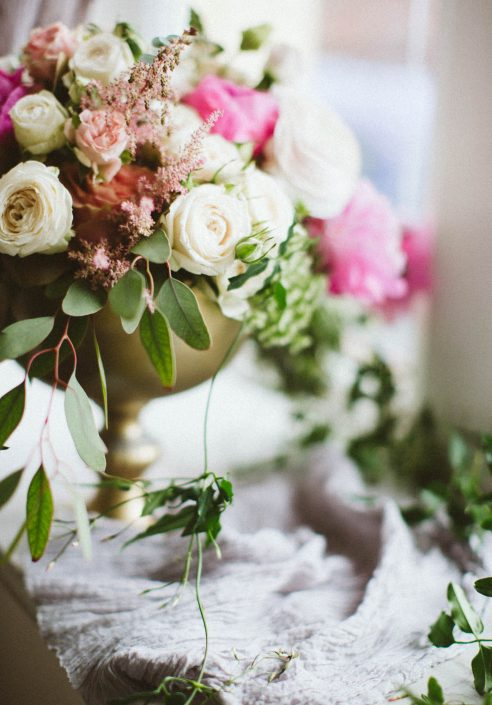 rustic floral wedding centerpiece