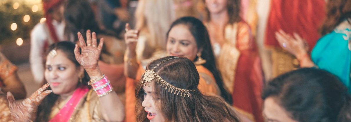 The 5 Step Guide To Planning A Modern Wedding - Guest List - The Maharani Diaries