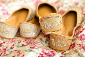 The Perfect gift for Brides this Wedding Season – Introducing Fizzy Goblet's Jutti Bridal Box
