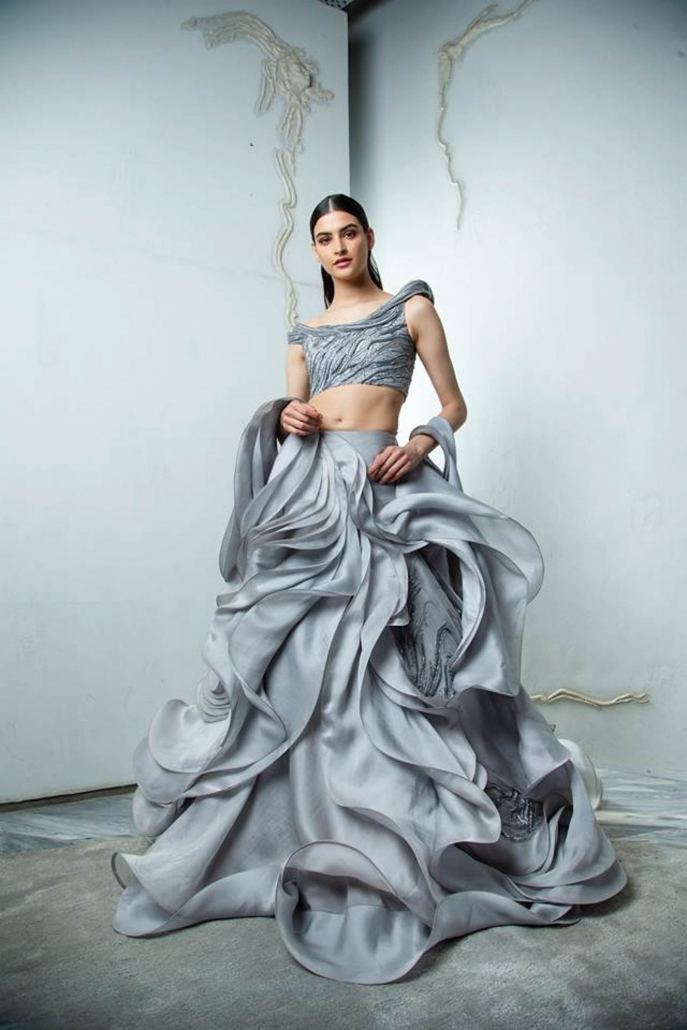 10 Bridal Lehenga Designs for Every Style of Indian Wedding_Gaurav Gupta