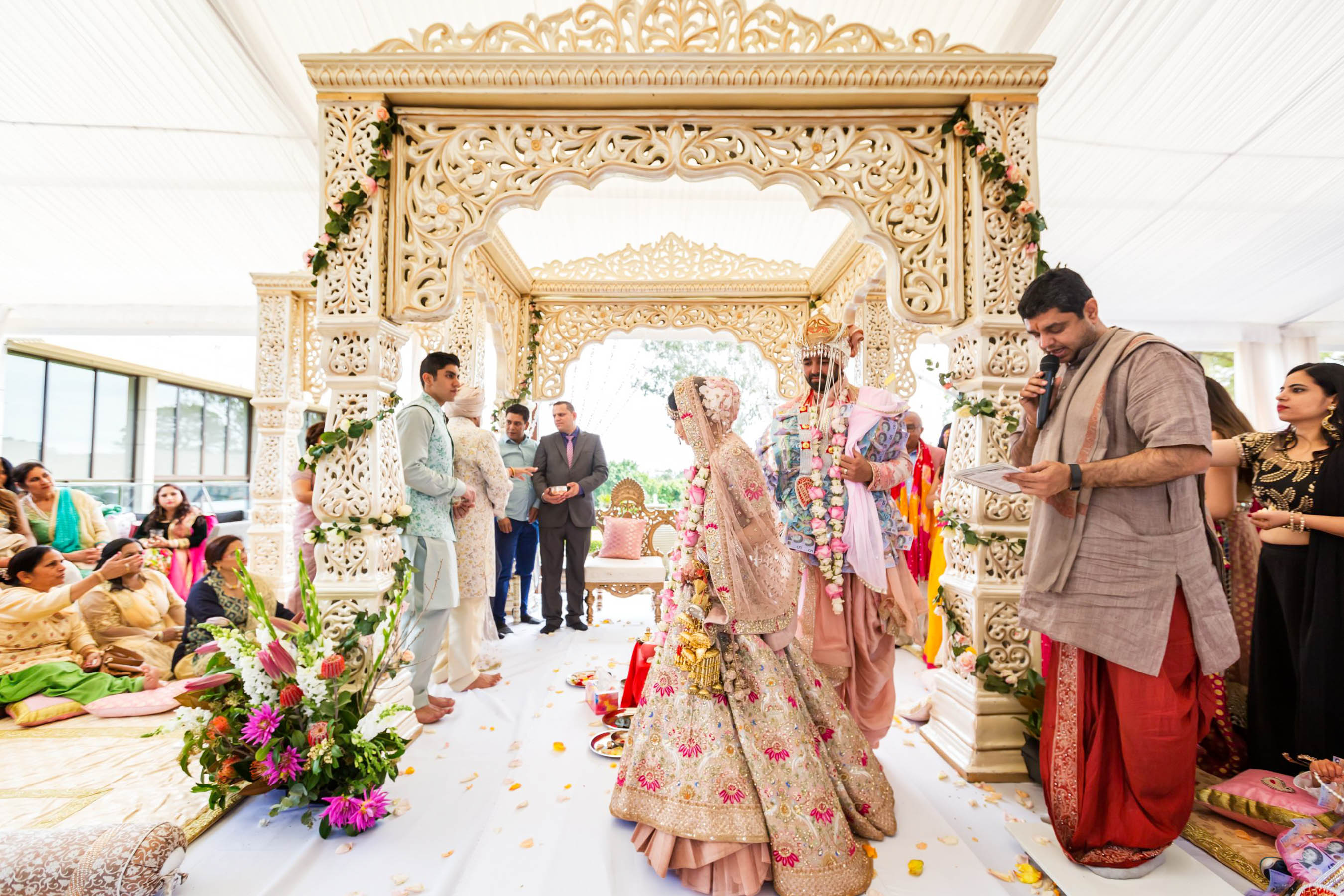 Glam Punjabi Wedding in Sydney: Myura + Bharat - The Maharani ...