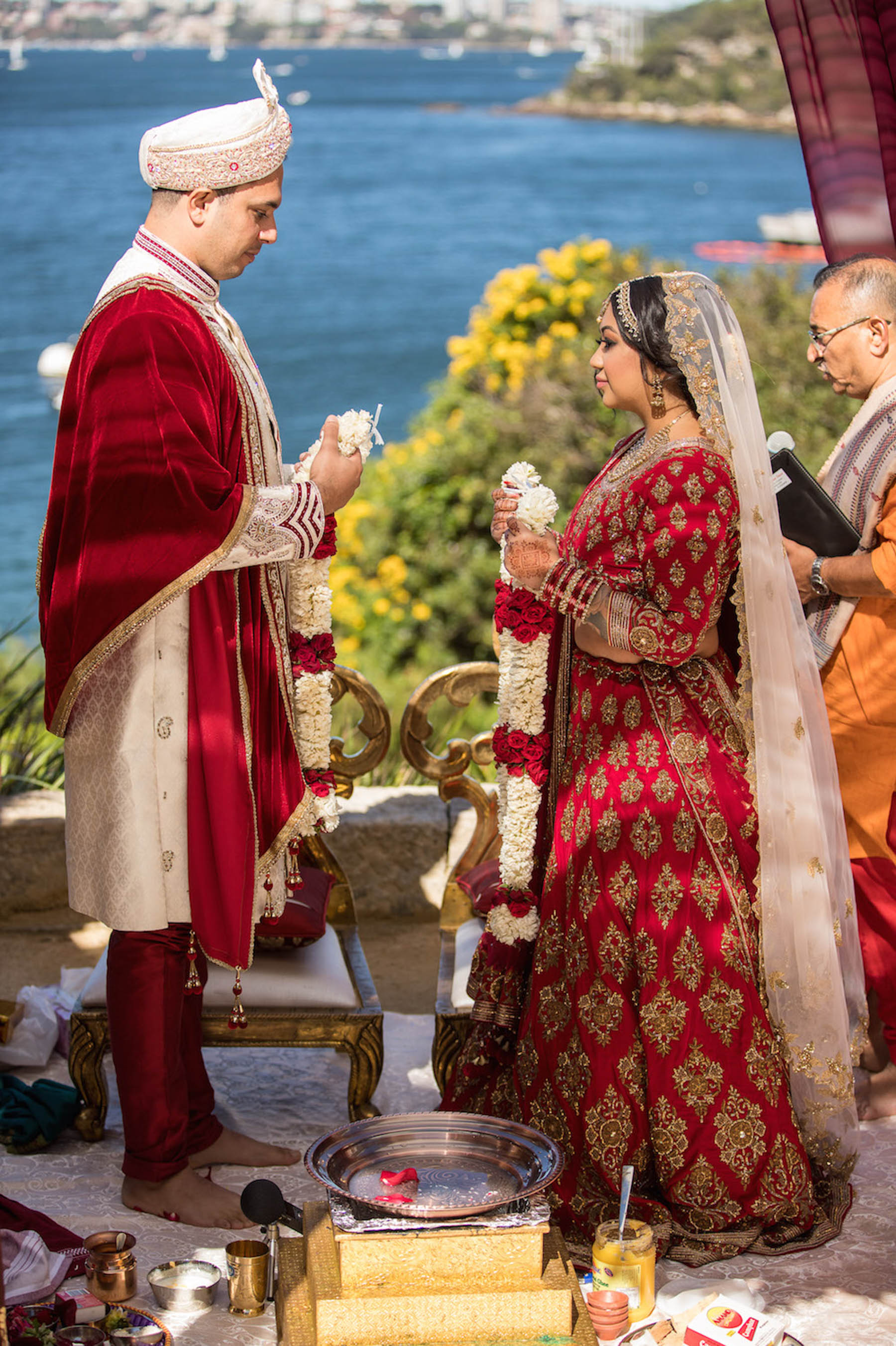 Autumn turned out to be the ideal climate for Jon and Sheena to have their elegant outdoor Indian wedding in the courtyard of Seargents Mess in Sydney.