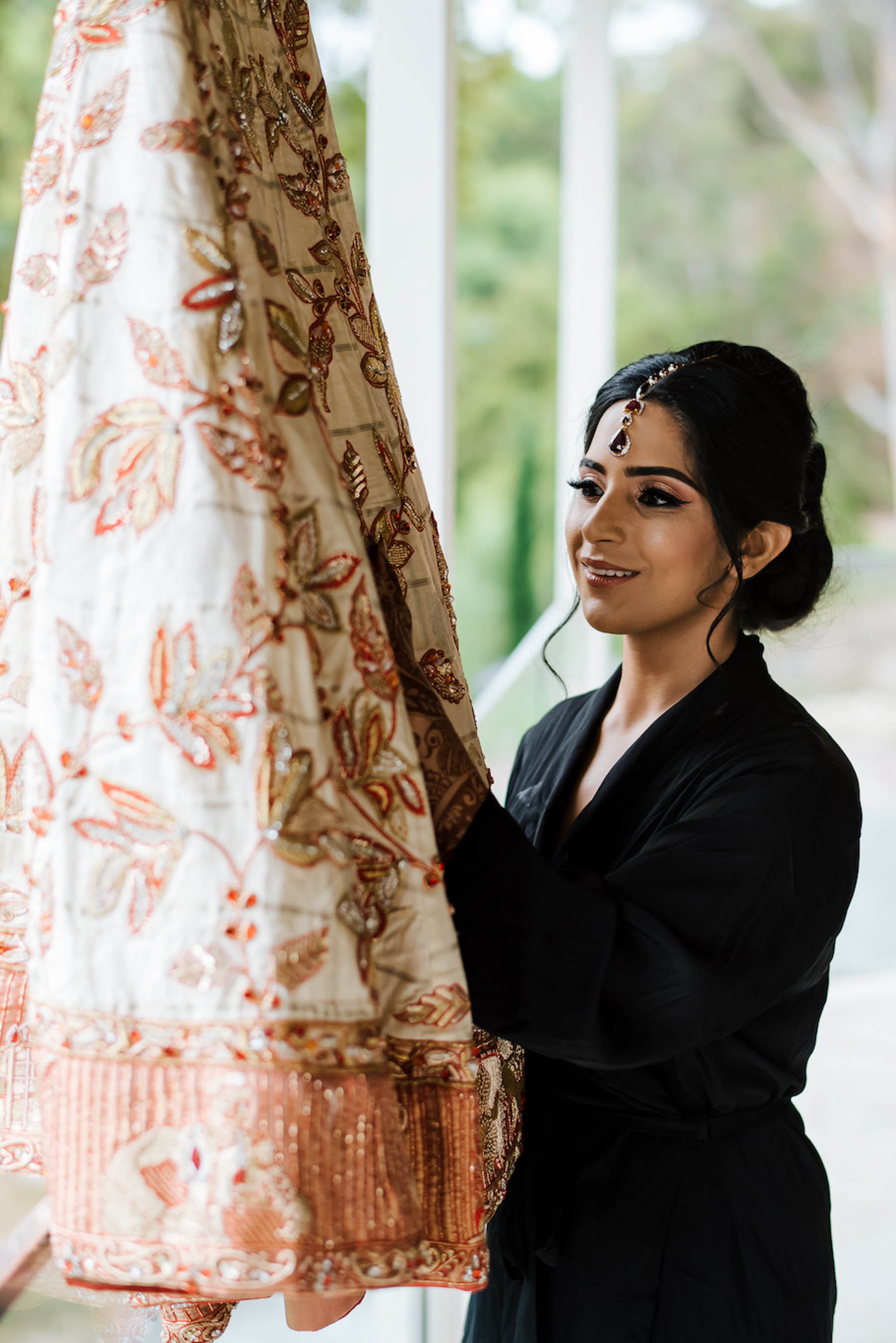 Indian bride, Nomeeta had her mother design her bridal lehenga for her big day.