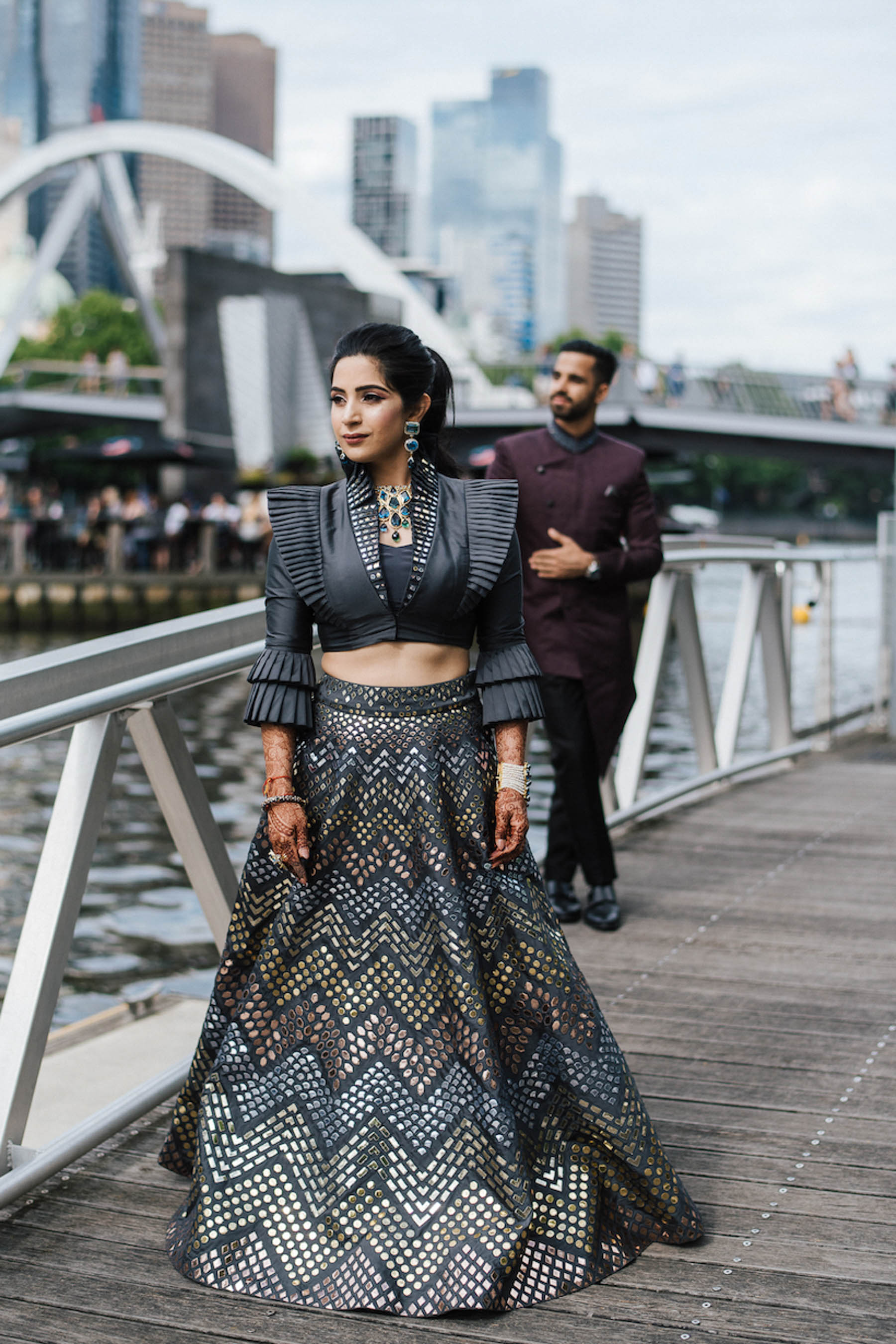 Melbourne bride, Nomeeta stated that the moment she walked into the Abu Jani Sandeep Khosla store, she felt at home. All of their ensembles really resonated with her and she left with a beautiful grey lehenga which she wore for her Sangeet party at Crown Melbourne.