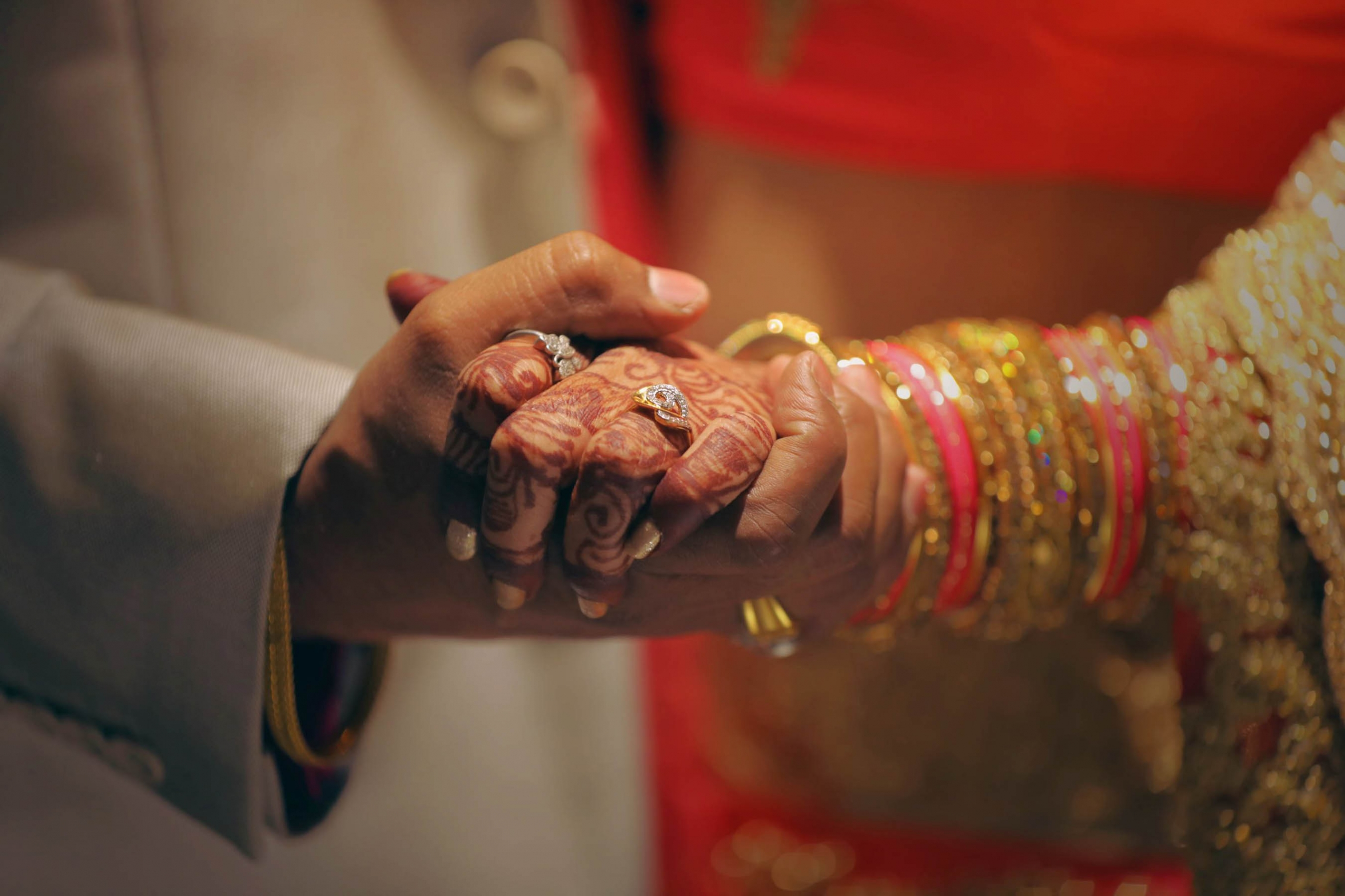Welcome to the world of Gujarati weddings with thanks to Grand Mercure Vadodara Surya Palace, India.