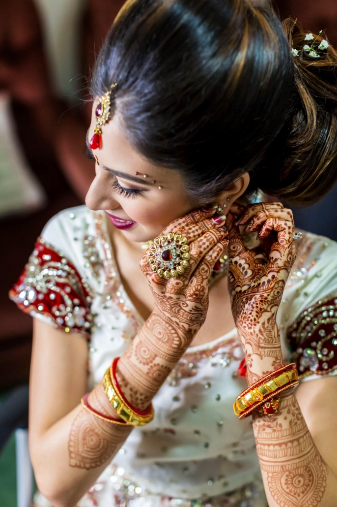 Indian bridal hair and makeup services for brides in Australia.