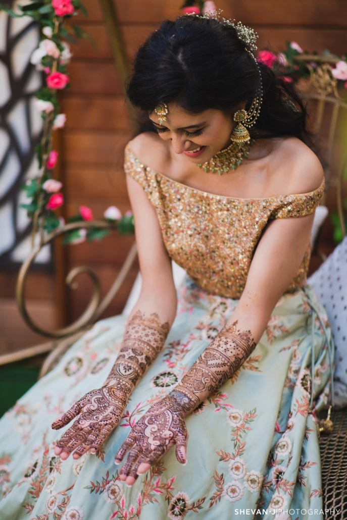 Fadziies Mehndi And Beauty, best bridal henna and makeup artist in Melbourne.