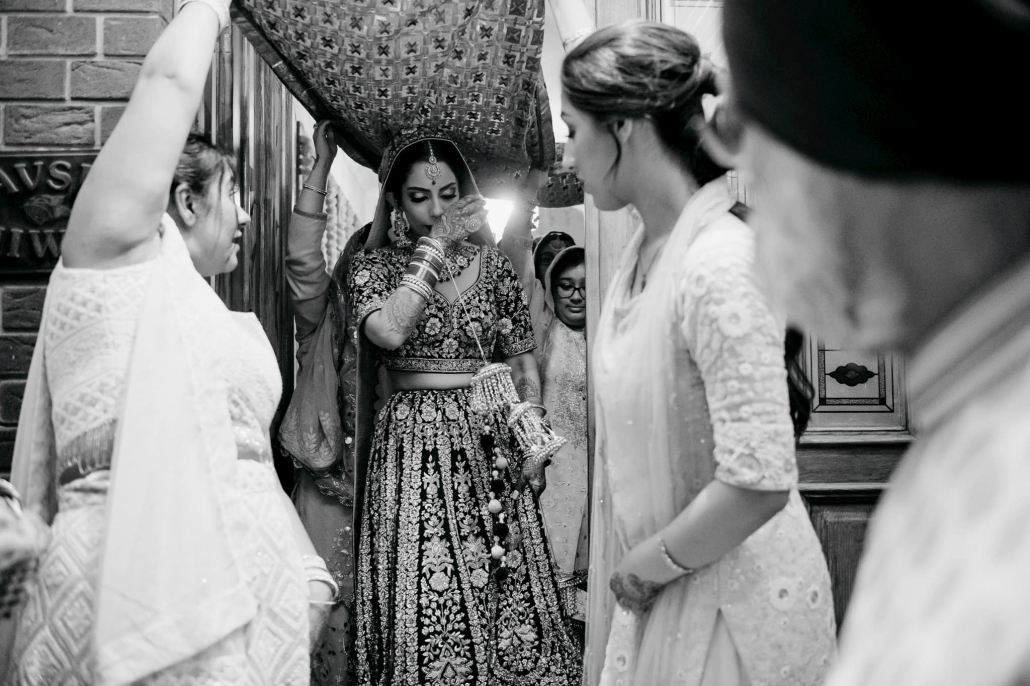 Melbourne bride, Simran on her wedding day. Wedding photography was captured by Bhargav Boppa. Check out their wedding only on The Maharani Diaries.