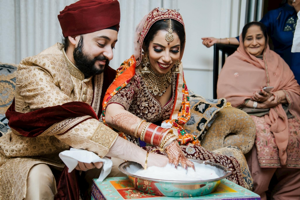 Melbourne couple, Simran and Anmol at their Sikh wedding celebration. Go behind the scenes of their wedding on The Maharani Diaries. Photography captured by Bhargav Boppa.